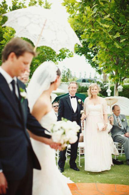 bride and her parents