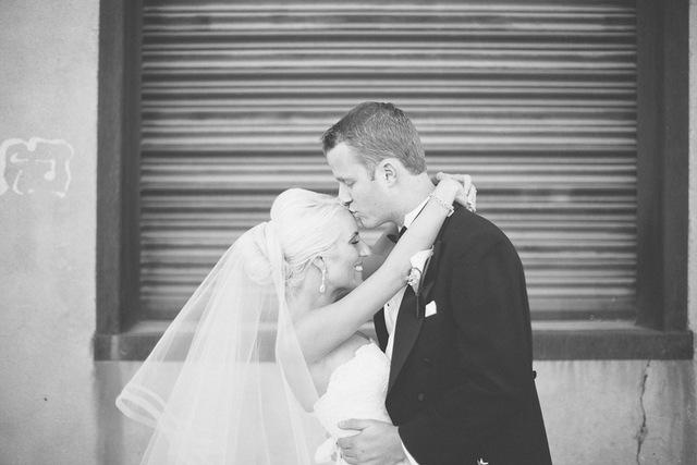 Winter White Arizona Wedding | Andrew Jade Photography on Oh Lovely Day