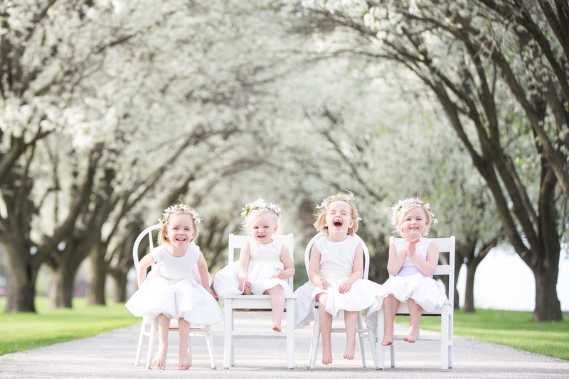 Sweet Sister Photoshoot | Laura Willis Photography on ohlovelyday.com