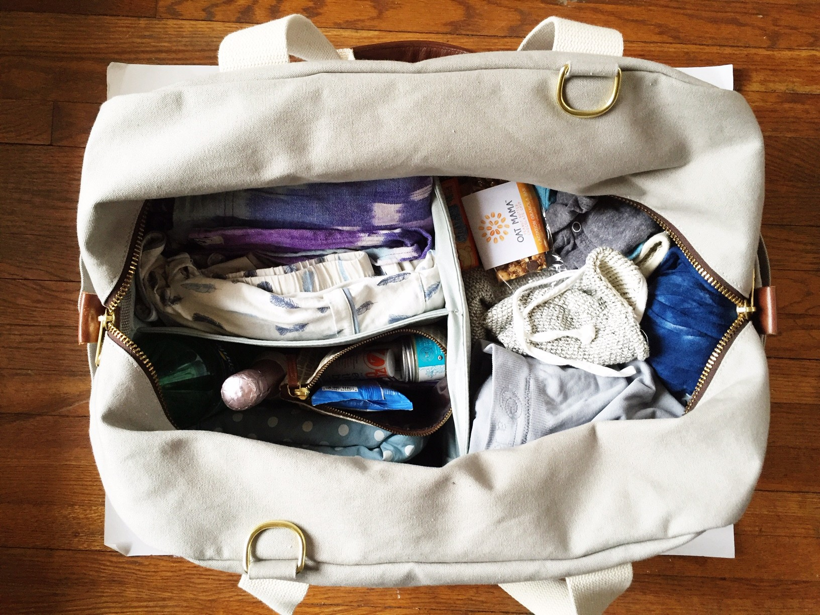 What To Pack in Your Hospital Bag For Mom & Baby | Oh Lovely Day
