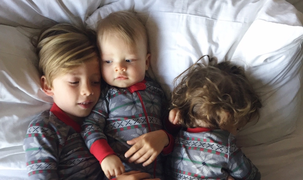 Holiday Traditions: Matching Family Christmas pajamas with Hanna Andersson and Oh Lovely Day