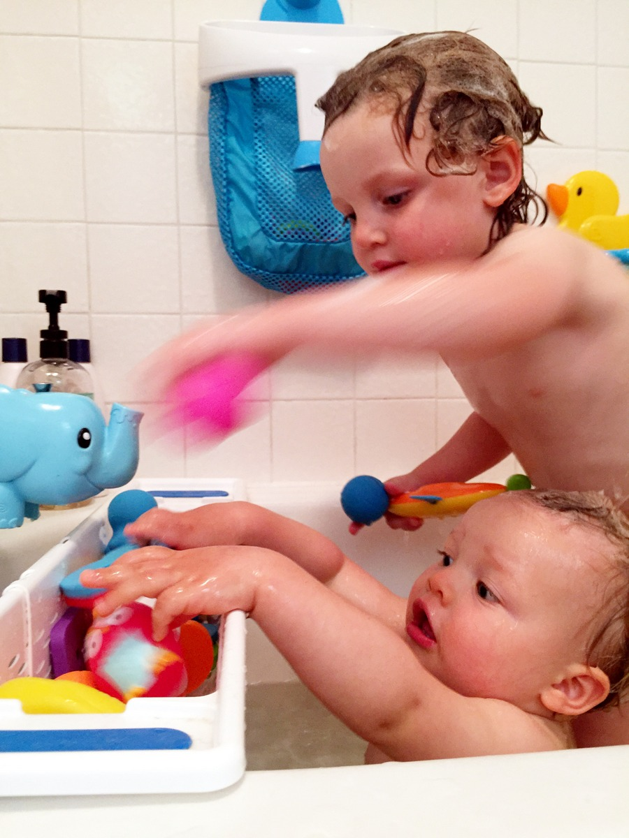 bathtime with toddlers 10