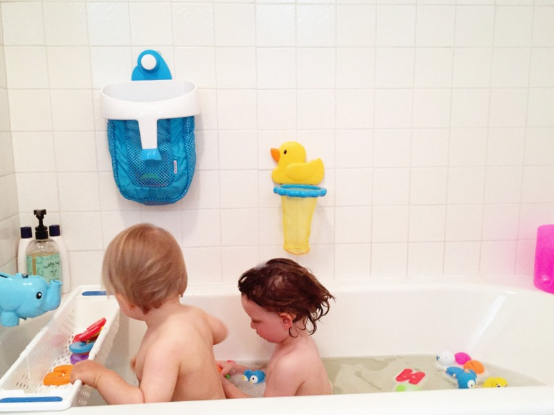 bathtime with toddlers 4