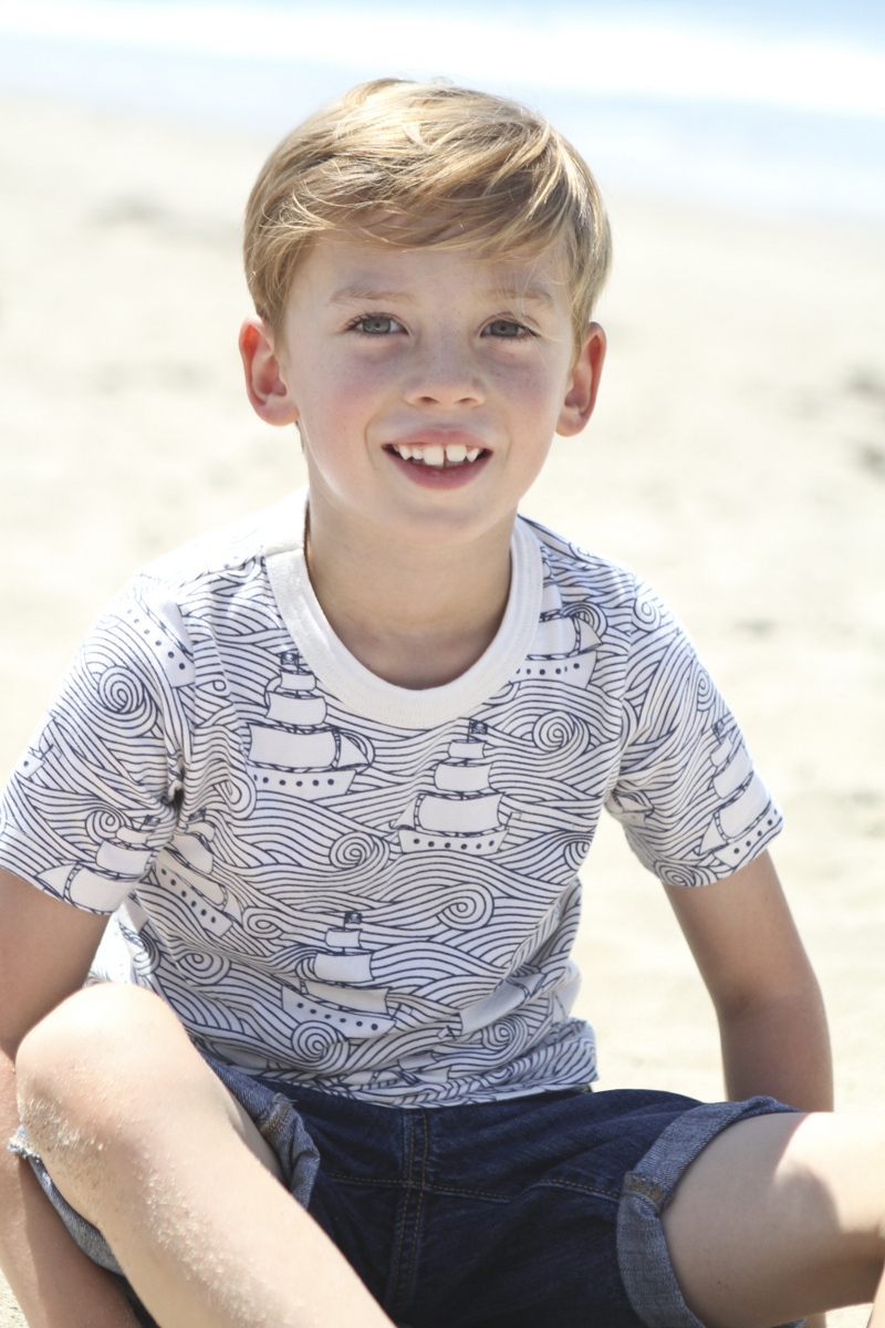 family beach photoshoot 16